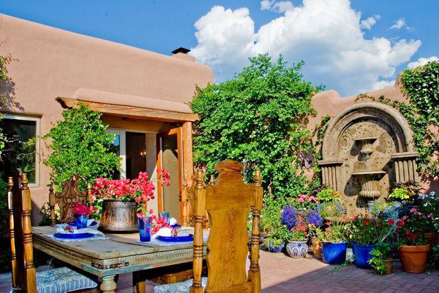 Mexican patio | Spanish Colonial, Mediterranean, Mexican ... on Mexican Patio Ideas id=60655