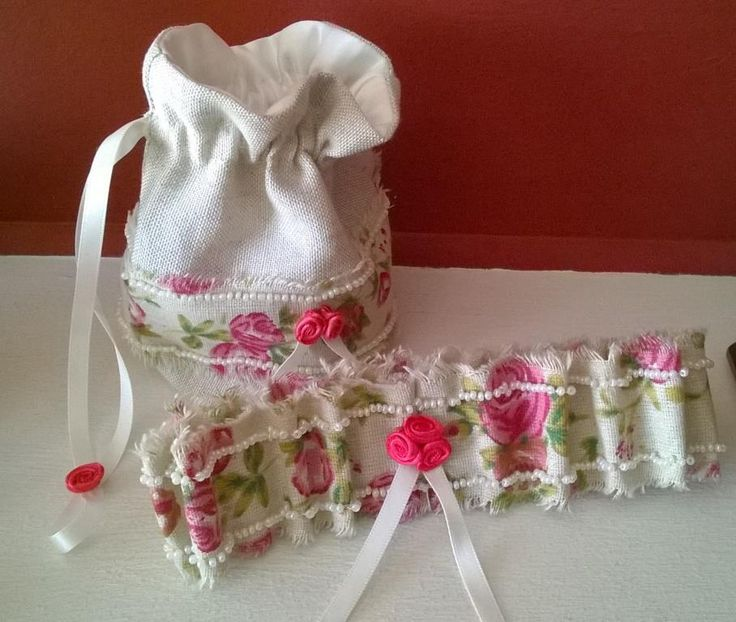 New Shabby Chic Bag and garter handmade by Beautiful Unique