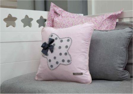 17 mejores ideas sobre camas de princesa en pinterest - Cojines para sentarse ...