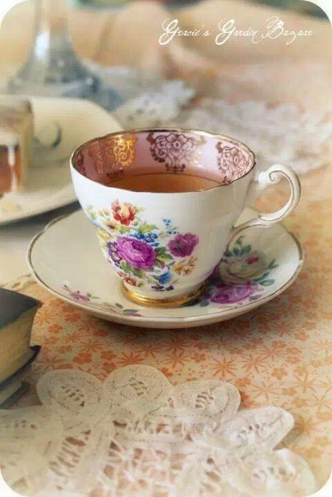 Pin de maria en porcelana pinterest vajillas taza de for Tazas de te estilo vintage