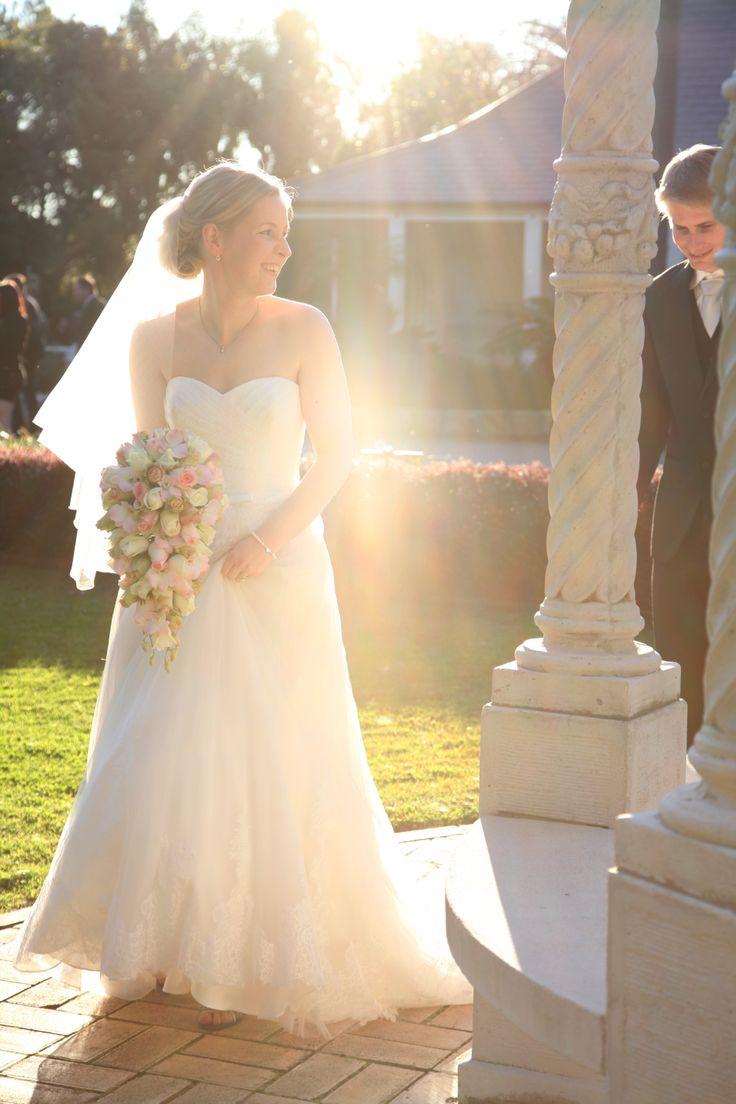 [ wedding photographer Sydney ] wedding  l  bride  l  Oatlands House Sydney  l  romantic  l wedding photography