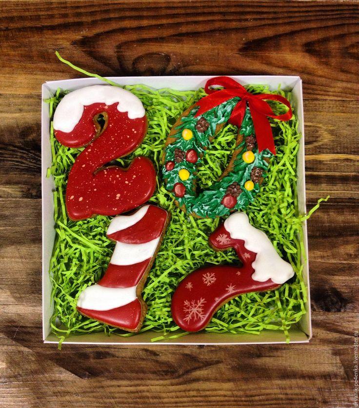 Купить или заказать 2017 в интернет-магазине на Ярмарке Мастеров. Набор из четырех ароматных имбирных пряников '2017'. Прекрасное дополнение праздничного стола. Отличный подарок который порадует Вас и Ваших близких.