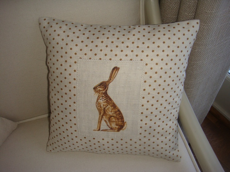 Plain linen with HARE panel
