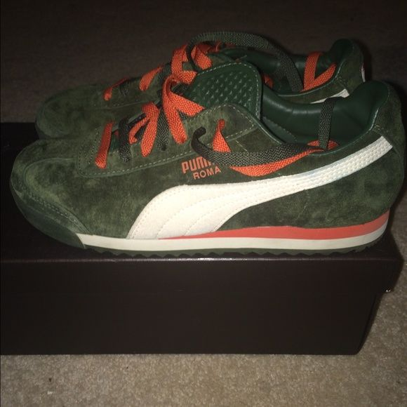 Sale Suede Pumas Sale Suede orange and green PUMAS. Have been worn once or twice. No box! Puma Shoes Athletic Shoes