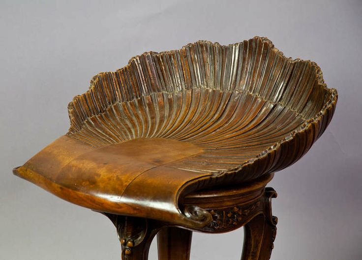 """1stdibs   Antique Carved Wood Piano Stool Grotto Design, c.1880   Italy   24.41""""h"""