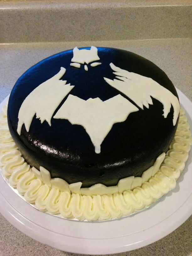 Batman cake just finished with buttercream edge