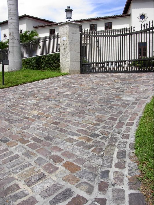 Granite Cobble Driveway and gate