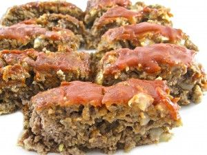Skinny Meatloaf! Simple to make, low in calories and has a divinely rich sweet ketchup glaze. Each serving has 214 calories, 5 grams of fat and 5 Weight Watchers POINTS PLUS. http://www.skinnykitchen.com/recipes/skinny-meatloaf-2/