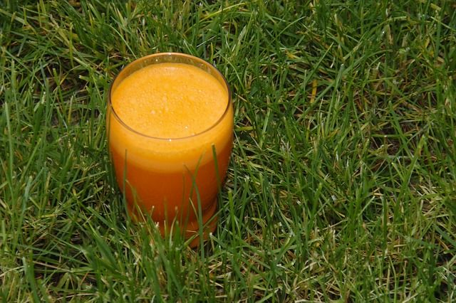 pomerancovo_ananasove_smoothie