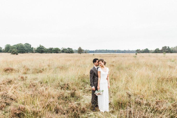 Rustieke herfst bruiloft Eric & Joliek door Nienke van Denderen Fotografie bruidsfotograaf-9
