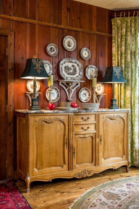 Hoskins Interior Design An Indianapolis Firm Discusses Including Antiques In Your Schemes