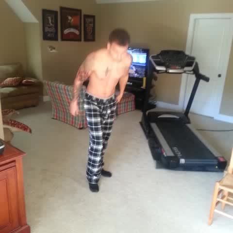 "Watch Kane Brown's Vine, ""#grindoneme #dance"""