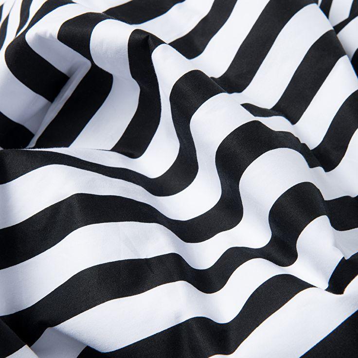 CarlijnQ - Crib blanket - Stripes