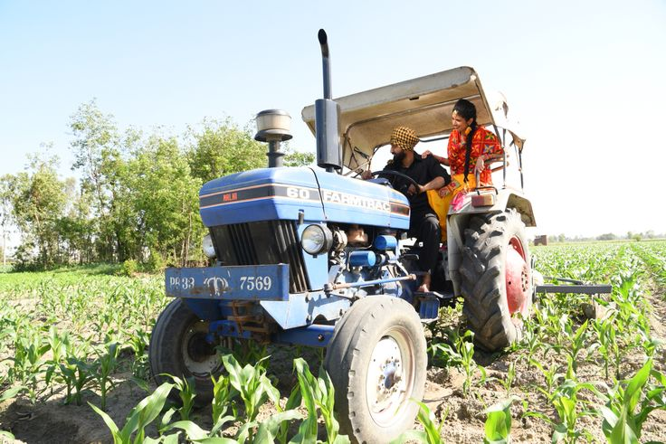 Tractor Pre Wedding Shoot Punjabi Sikh