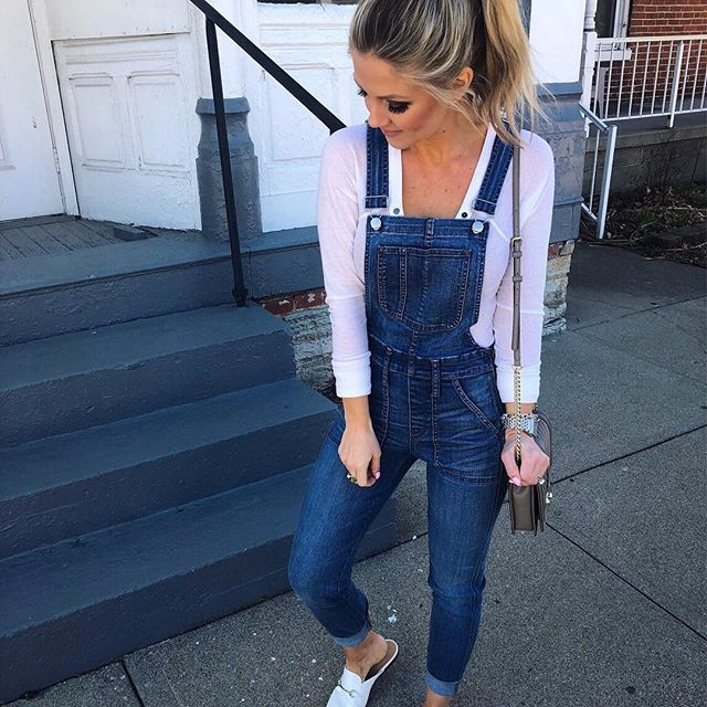 The perfect lazy Saturday in the perfect comfy OOTD ☀️ And take my word for it, once you put these overalls on you won't want to take them off!  Get all the details by signing up for @liketoknow.it or you can click over to my blog {link in bio} ⬆️⬆️ Xoxo http://liketk.it/2uQRY #liketkit #LTKunder50 #LTKunder100 #LTKshoecrush  #Regram via @almost_readyblog