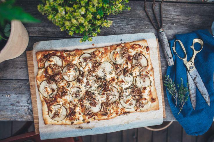 Recept på päronpizza med Gevré | Krickelin