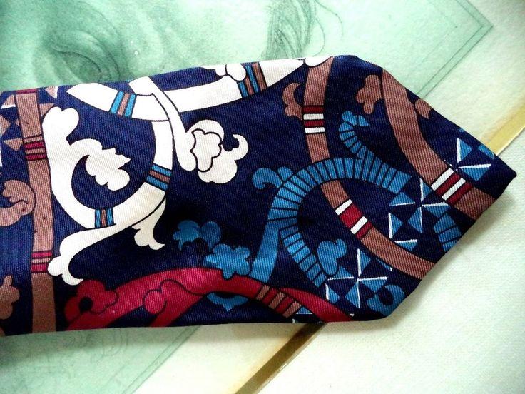 LIBERTY OF LONDON vintage CLASSIC bauhaus macro print SILK men necktie tie