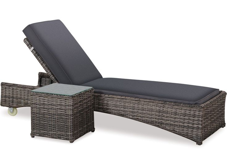 Bargain - $699 (was $999) - Bahamas Sunlounger & Side Table @ Danske Mobler