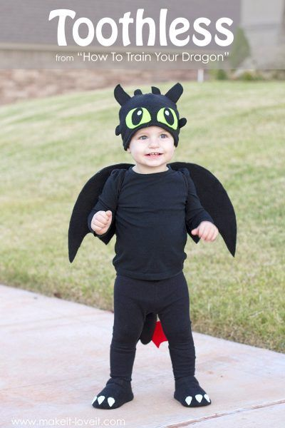 """How to Train Your Dragon """"Toothless"""" Halloween Costume"""