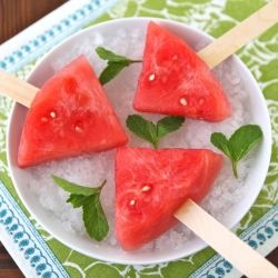 Watermelon Mojito Pops - boozy frozen watermelon infused with rum, mint, and lime juice: Food Recipes, Watermelon Mojito, Fun Recipes, Mojito Pop, Boozi Watermelon, Frozen Watermelon, Summer Treats, Kid, Watermelon Slices