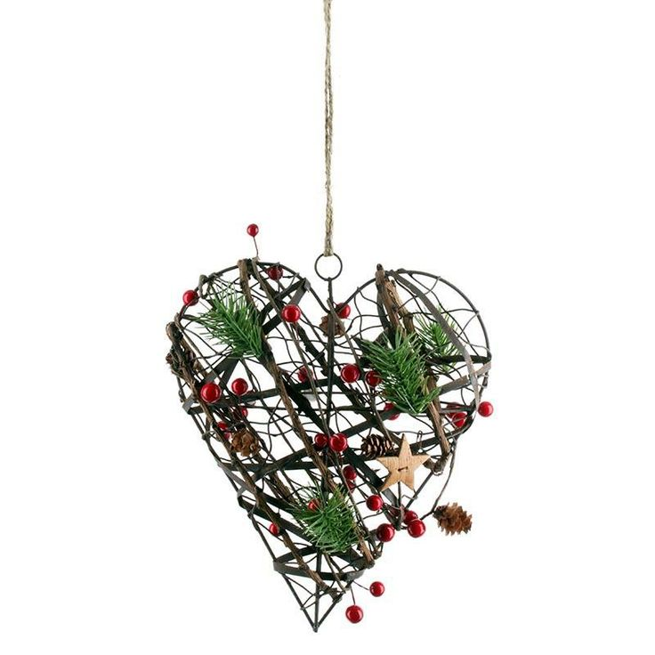 Hanging wooden / metal heart with red berry! #christmas www.inart.com