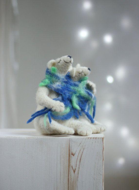 Needle Felt White Bears - Valentine Dreamy White Bears Family -Needle Felt Art Dolls -  Withe Polar Bears - Valentine Gift Idea