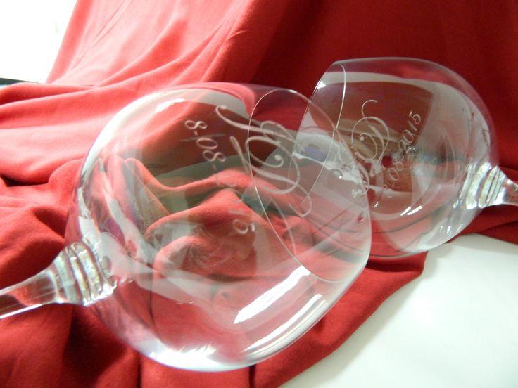 Copa Gin-Tonic personalizada con tu nombre o iniciales o cualquier diseño que tú prefieras.