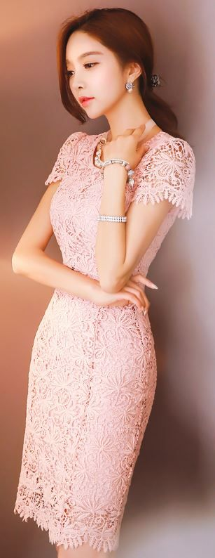 StyleOnme_Floral Crochet Lace Short Sleeve Fitted Dress #pink #pastel #lightpink…