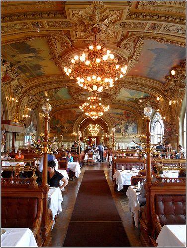 "LYON ""Le Train Bleu"" Restaurant Gare de Lyon ook wel bekend als het mooiste stationrestaurant van Europa"