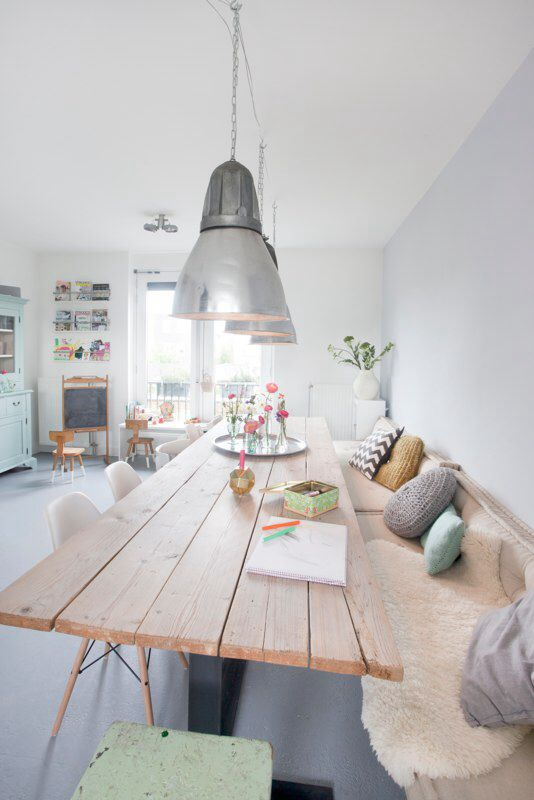 interior, home, living room, bench, dining, light shade, wood
