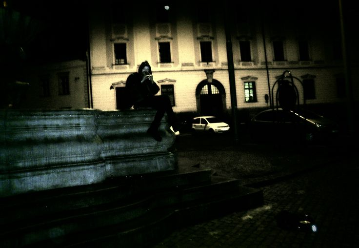 Street performer playing in the night