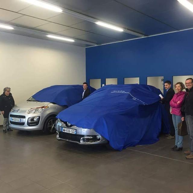 🚙 [INSIDE ARAMIS] 🚙 : Nos Chargés de Livraison en action et en photos, c'est par ici ! Votre prochaine voiture est peut-être sous le drap bleu ! #Cars #DrivingPerformance #Instacars #CarsofInstagram #car #instacar #carinstagram #nofilter #aramisauto