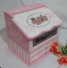 Caixa Porta Medicamentos Flores
