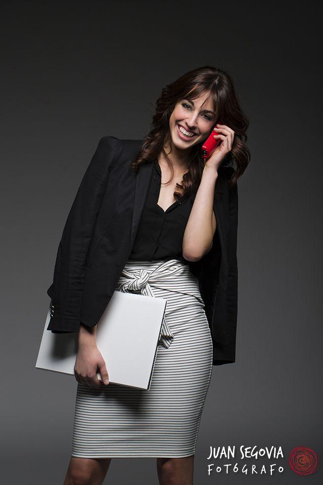Foto de perfil profesional para Mireia Ribé. Comunicadora. Fotografías para redes sociales y perfil profesional en distintos medios.