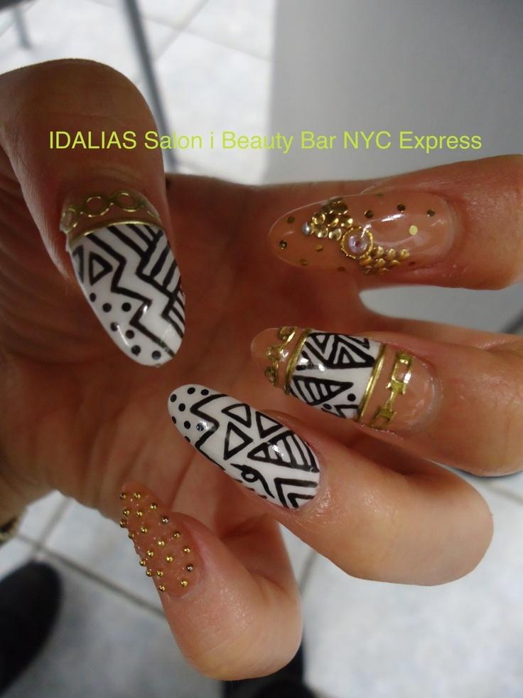 black white & gold nail luv