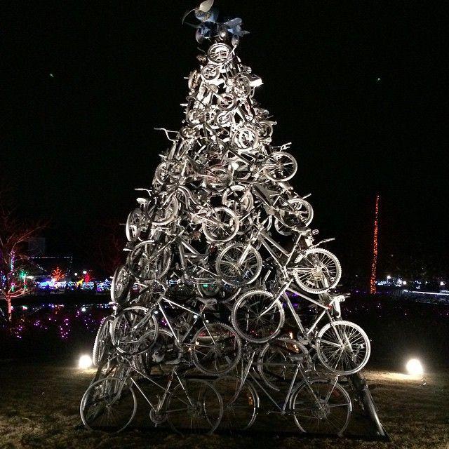 Cycling Christmas tree.