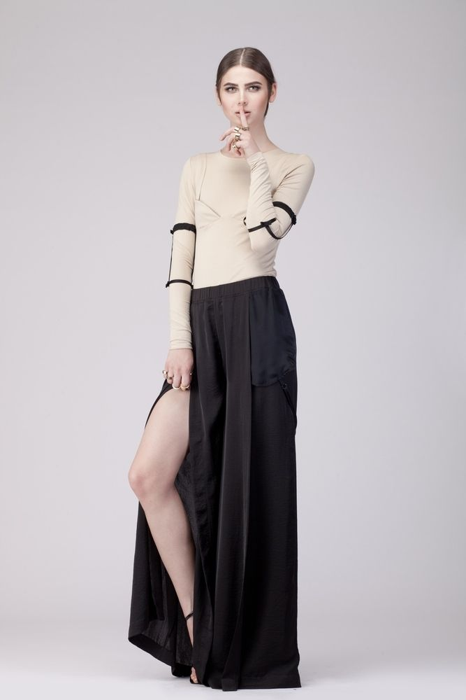 REVEALING PANTS http://shop.109.ro/product/revealing-pants
