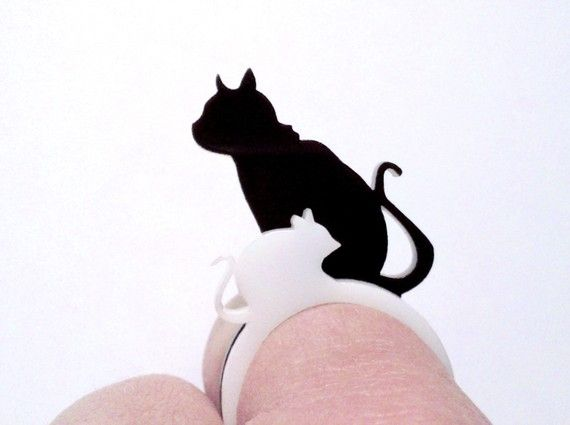 Katz und Maus  Laser Cut Acrylic RingSet  Cat and by LicketyCut, $12.00