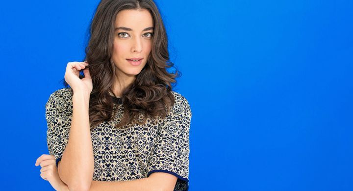 How to create three different curls using a flat iron. #refinery29