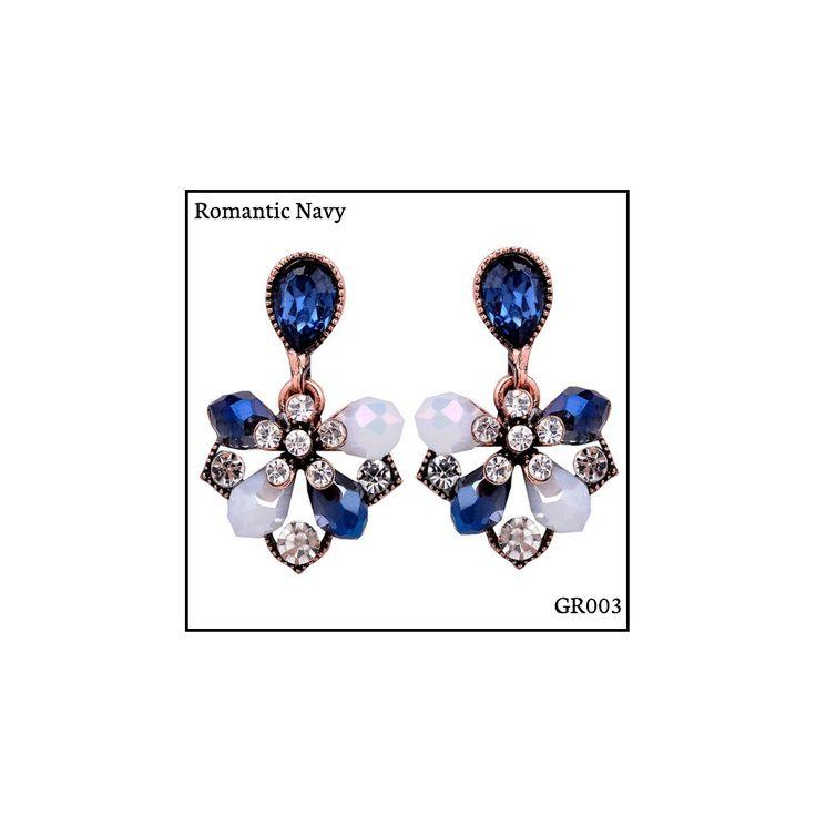 Ref: GR003 Romantic Navy Medidas: 2.9 cm x 1.8 cm So Oh: 5.99 🌱#sooh_store #onlinestore #glam #style #brincos #earrings #fashion #shoponline