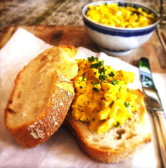 Eiersalade op landbrood   Made by Ellen