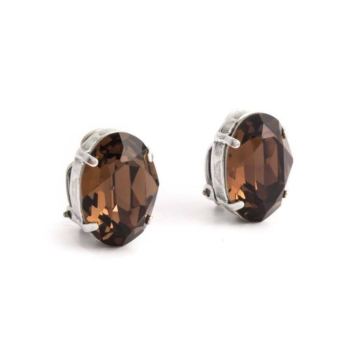 Krikor Bruine oorclips met 18 x 14 mm light smoked topaz Swarovski Elements kristallen