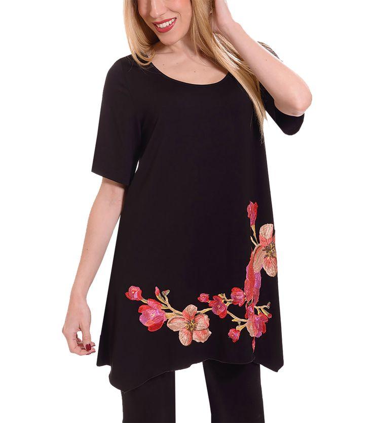 Μαύρη μπλούζα με λουλούδια