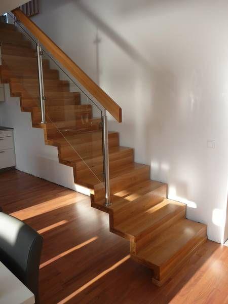 moderne treppe glas mit edelstahl und holz sieht ganz gut aus treppen pinterest. Black Bedroom Furniture Sets. Home Design Ideas