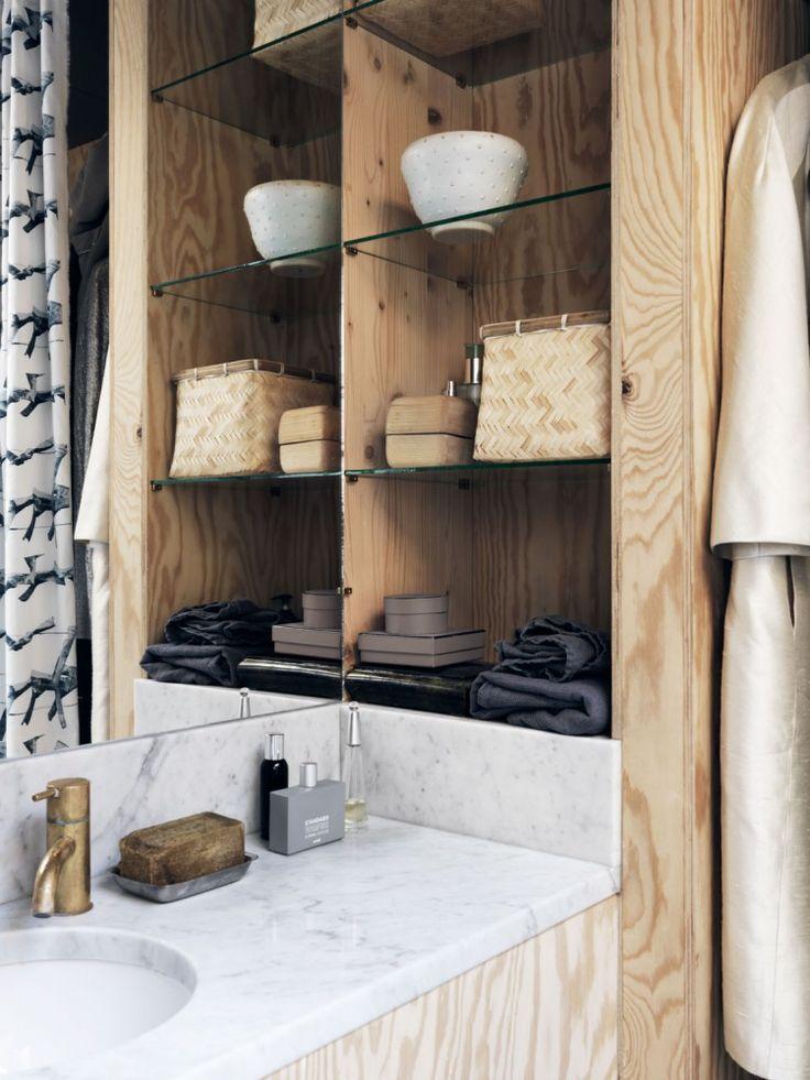 Wood cabinets. (Plaza Deco)