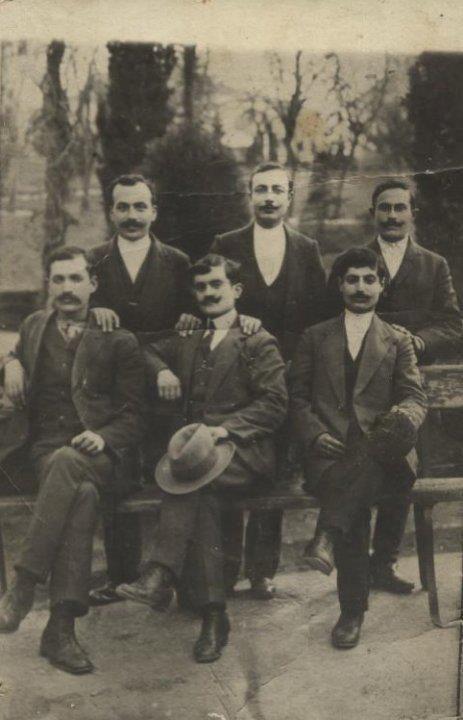 Armenians from Siirt. Ca. 1910.