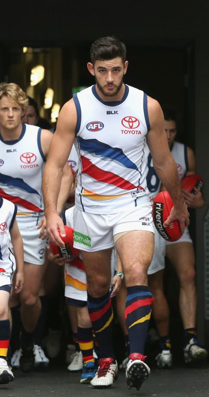 Taylor Walker of the Adelaide Crows