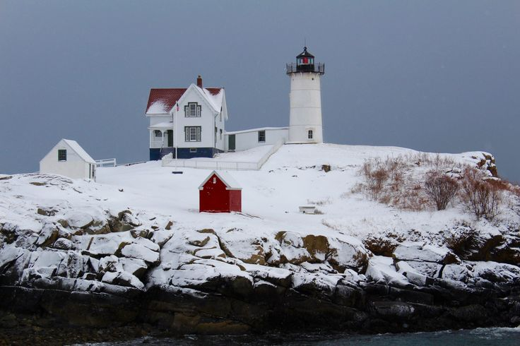 A Snowy Nubble Light