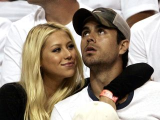 Enrique Iglesias With His Girlfriend - Bing Images