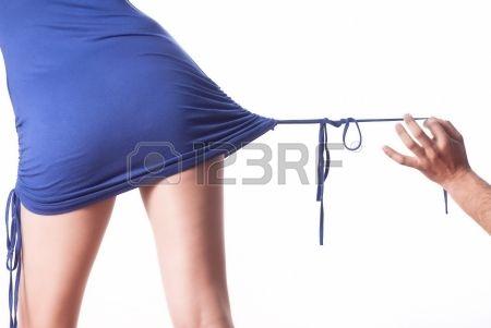 #aspettami #attivo #adulto #sfondo #bellissima #bellezza #nero #blu #corpo #luminoso #disinvolto #caucasica #abito #moda #femmina #figura #in forma #forma fisica #ragazza #verde #mano #isolato #dama #legs #gambe #stile di vita #amore #maschio #uomo #modella #persone #persona #rosa #sagoma #camicia #scarpe #gonna #monolocale #abbronzatura #bianco #donna #donne #giovani #gioventù